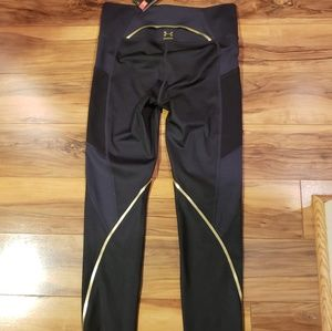 NWT Under Armour Compression Leggings Sz M
